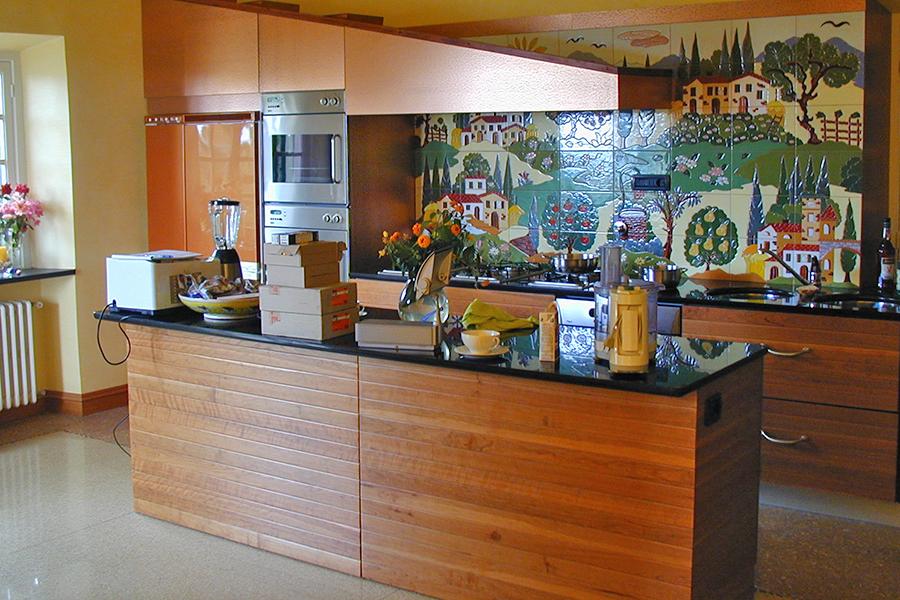 チンにトスカーナの風景のタイル