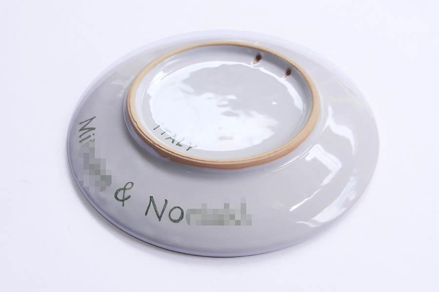 オリジナルデザインの飾り皿
