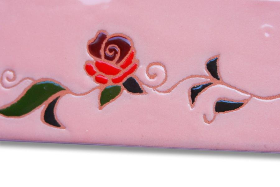真っ赤なバラのタイル表札