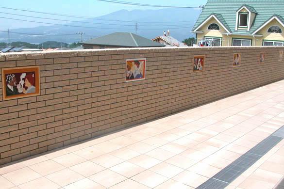 外壁のアクセントタイル