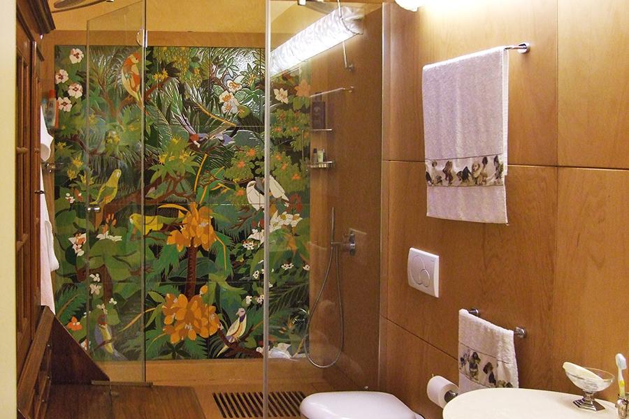 シャワールームの装飾タイル
