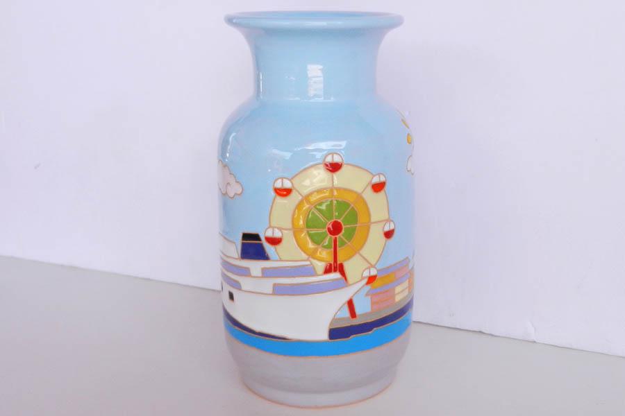 ギフトに特注の花瓶
