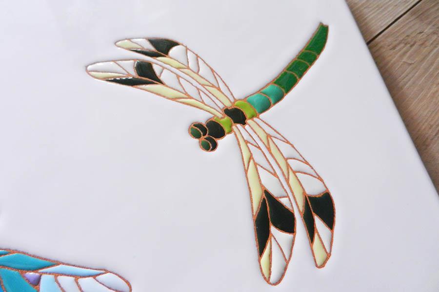 トンボのタイルアート